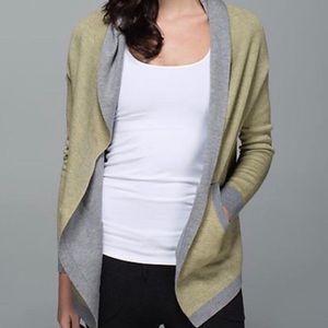 Lululemon sweater cardigan size medium grey,green